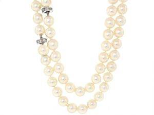 Cultured Pearl Necklace with Diamond Clasps
