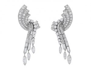 Diamond Dangle Earrings in Platinum