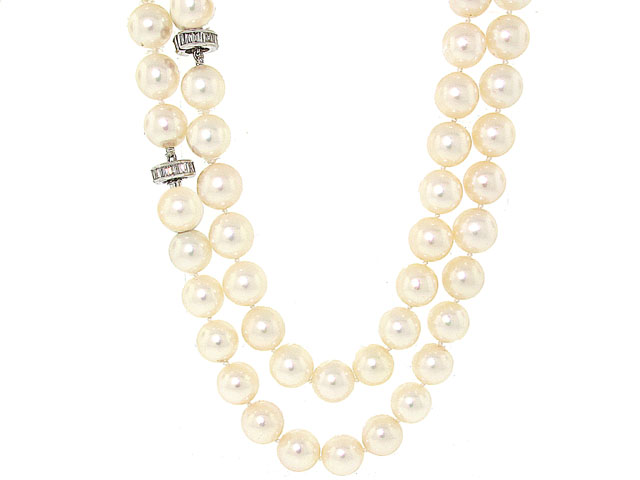 Cultured Pearl Strand with Diamond Clasp in 18K White Gold