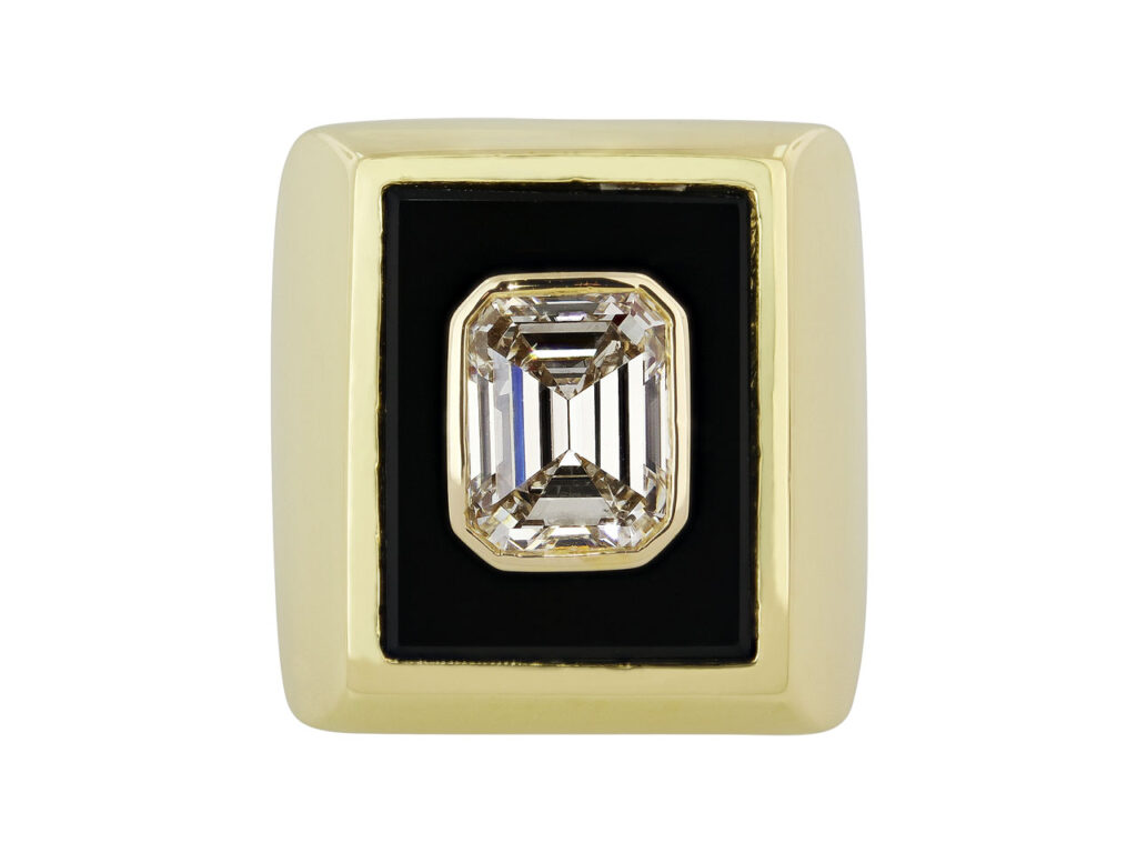 Van Cleef & Arpels Emerald-cut Diamond, 3.23 Carat G/VS-2, Ring in 18K