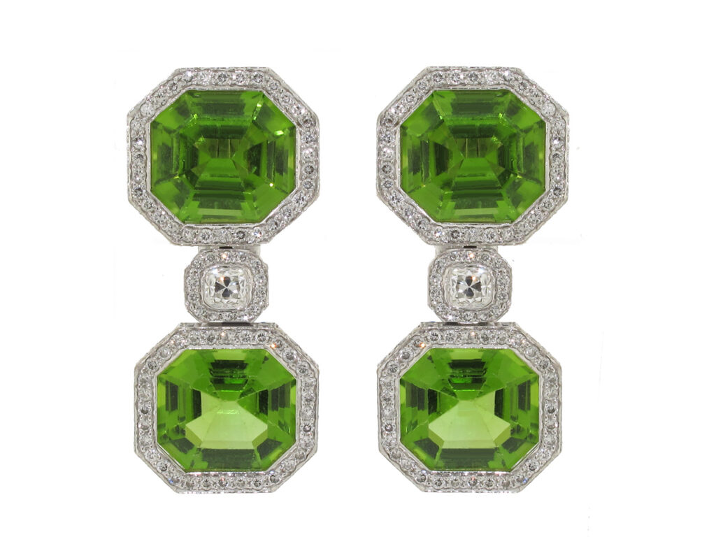 Laura Munder Peridot and Diamond Earrings in 18K